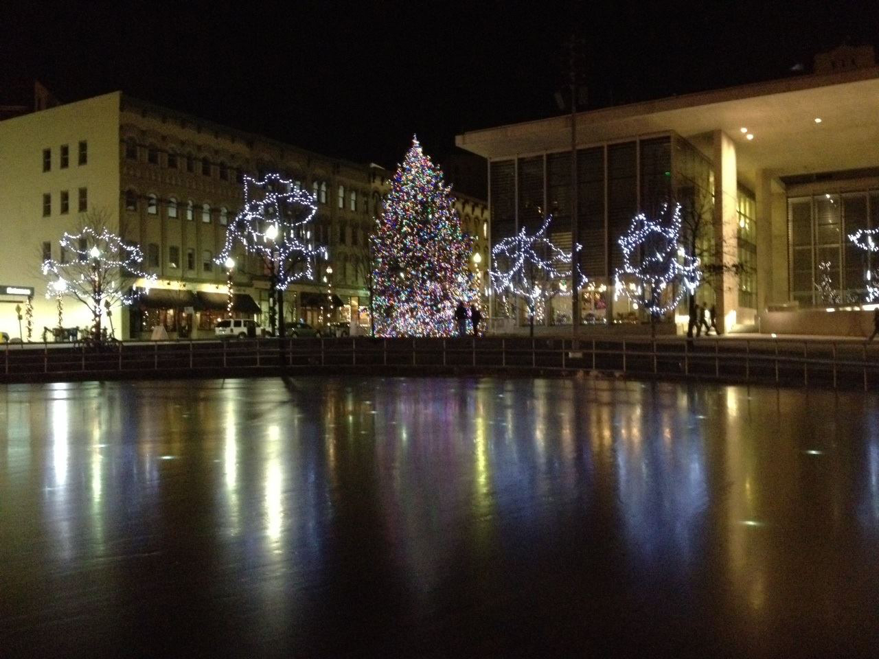 Grand Rapids lights up the holidays with annual Christmas tree lighting ceremony.