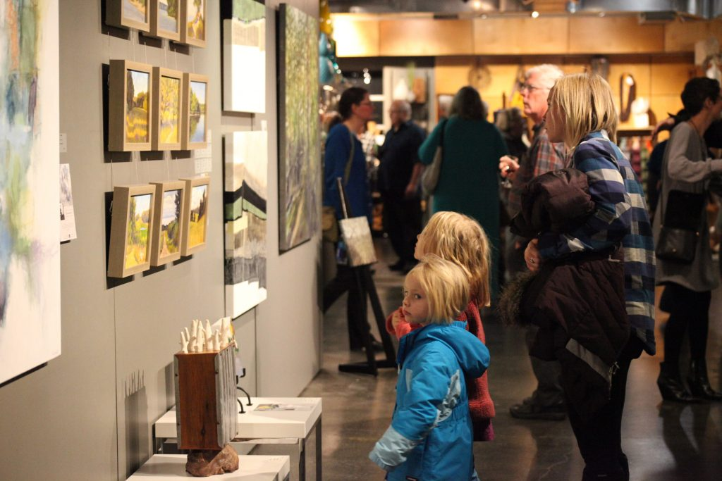 LaFontsee Galleries is celebrating its 30th anniversary with a party on Feb. 9.