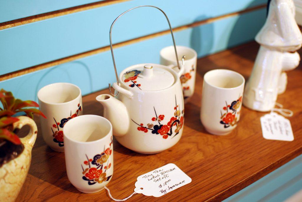 Japanese inspired vintage tea set.