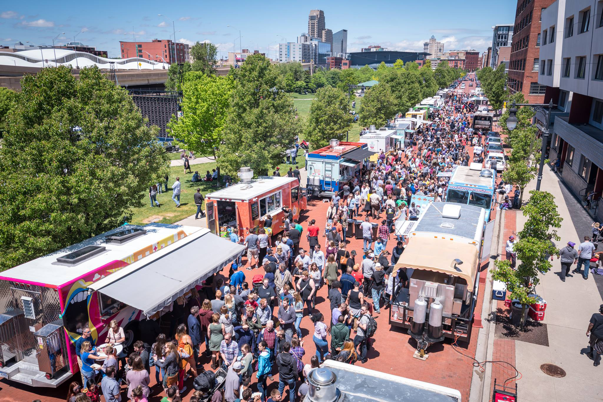 Roll'N Out Food Truck Fest 2017