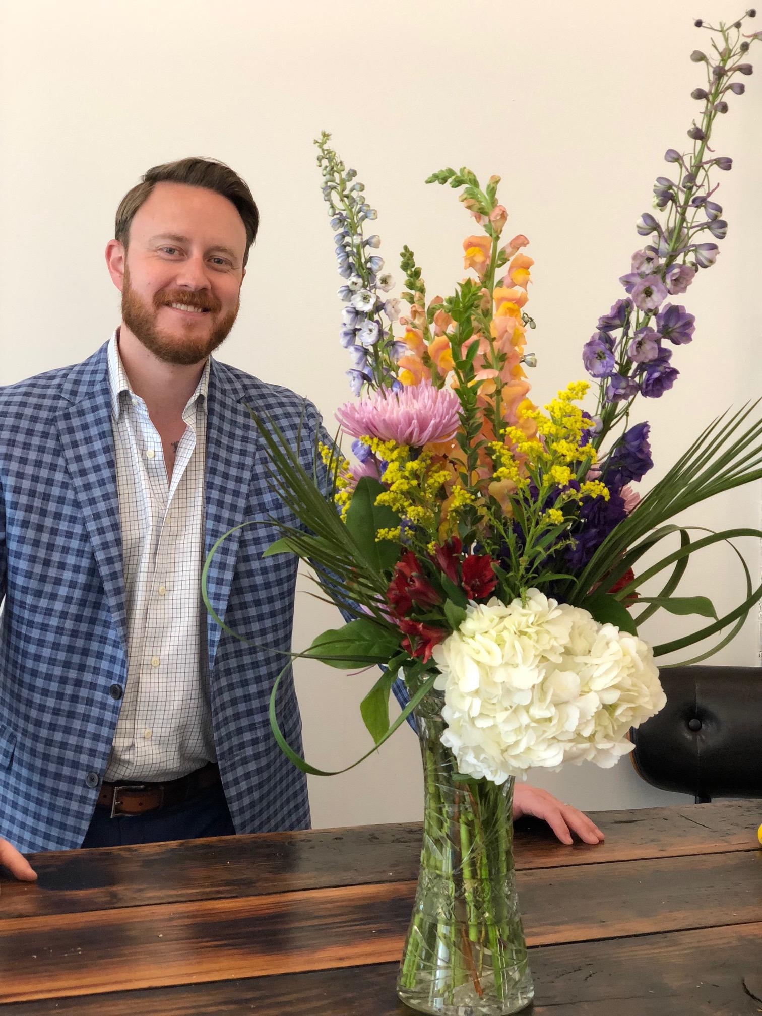 Jordan Fisher, Thelma's Flower shop