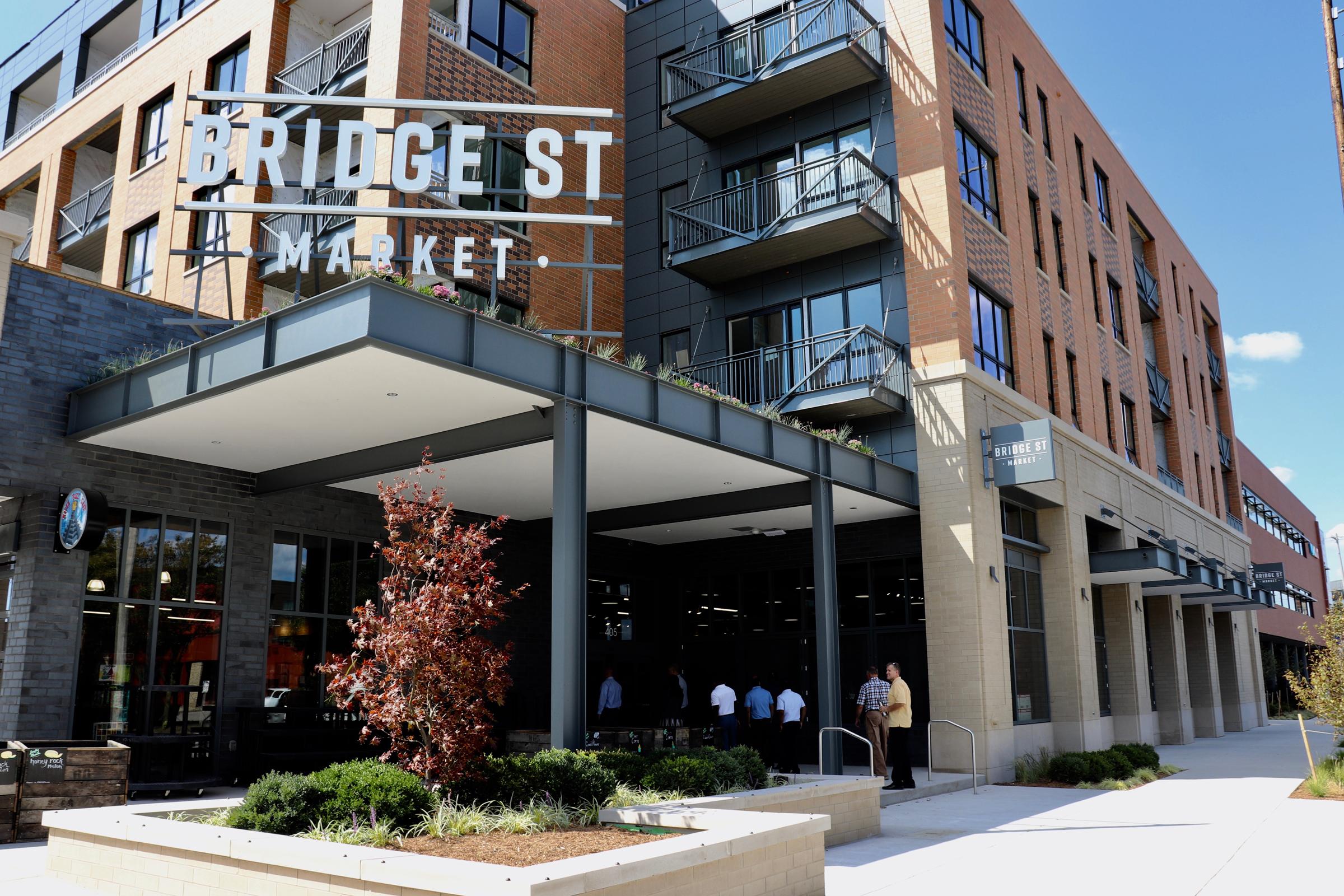 Bridge Street Market entrance.