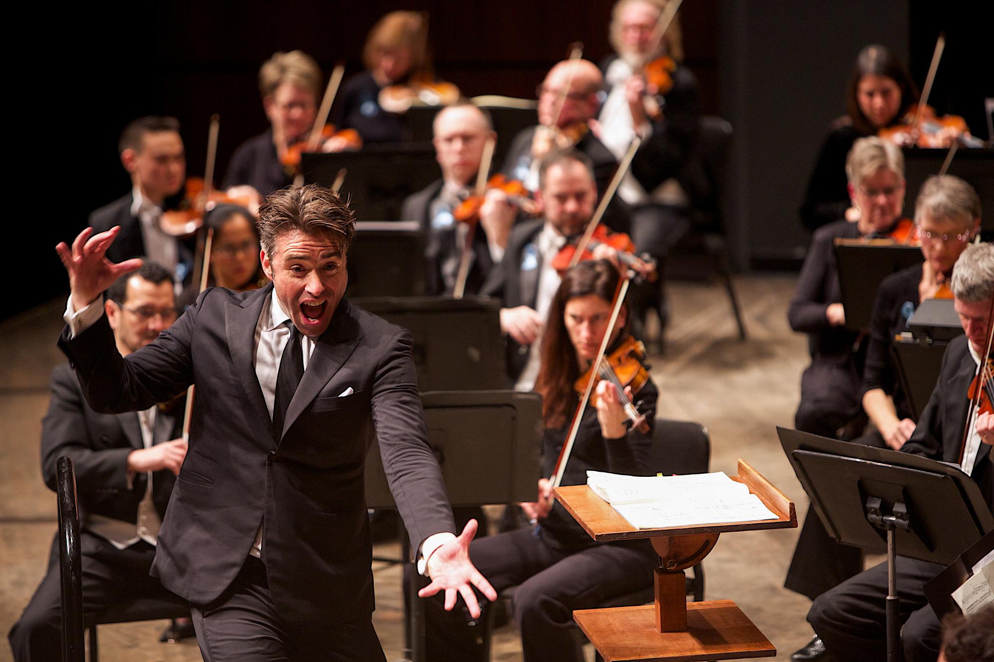 Jacomo Bairos with the Grand Rapids Symphony