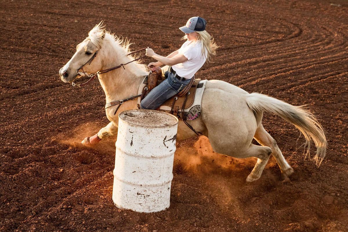 The Story of Three Generations of Texan Cowgirls Jackie Ganter's Resilience Rodeo