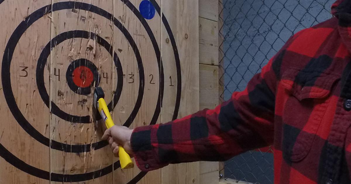 Target Axe Throwing