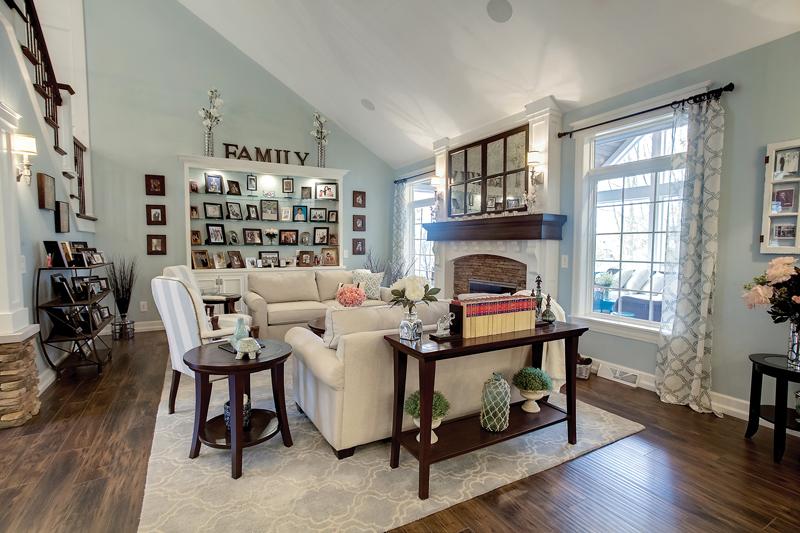 Ho Hum - Living Room