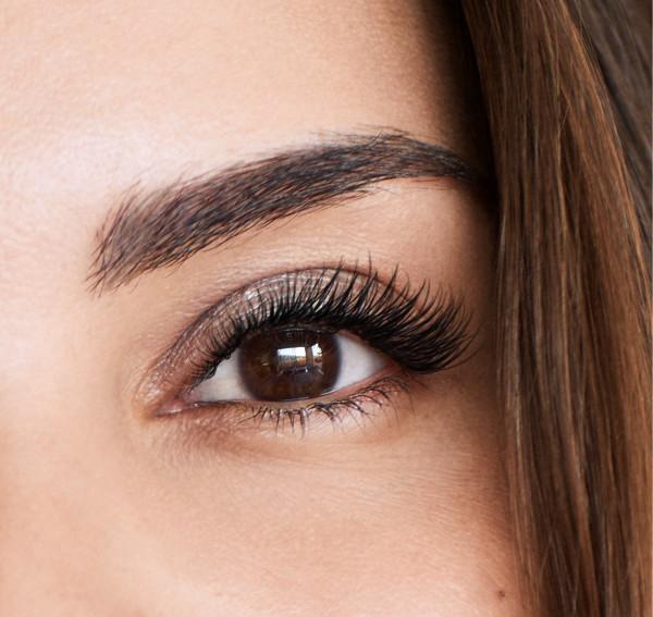 Amazing Lash Studio eyelash extensions model