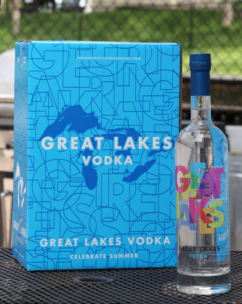 Great Lakes Vodka box and bottle