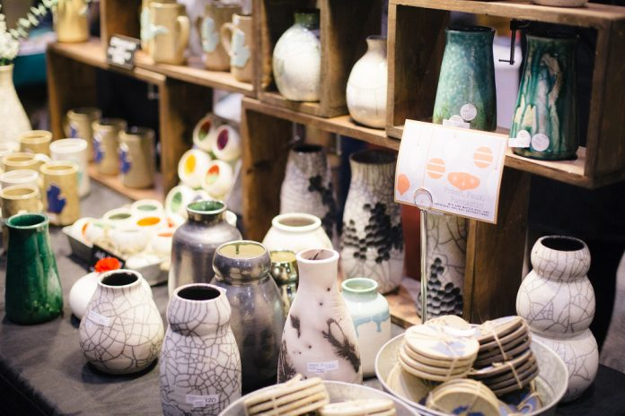 UICA Holiday Artists Market